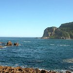 The entrance where the Indian Ocean meets the Knysna Lagoon