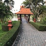 resort walkway and pagoda 1