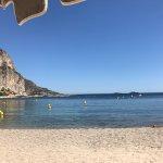 Photo de Zelo's Beach