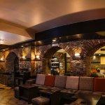 entarior plasure caffe, pub