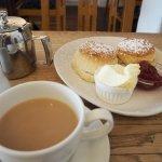 This is Devonshire cream tea!!!