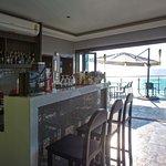 ภาพถ่ายของ ร้านอาหารคลิฟ ลันตา ซูท และ บาร์