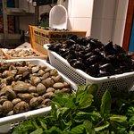La Paradeta Sitges - seafood stall view