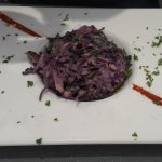 Red cabbage, ham and pecan salad