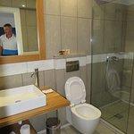 Foto de Cape Kanapitsa Hotel & Suites