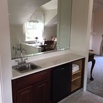 Mendocino Suite - Wet Bar