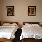 Photo de Hotel Fleur de Lys
