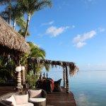 Terrasse sur le lagon