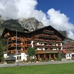 Photo de Hotel Bernerhof