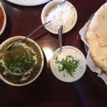 Naan with a variety of dips