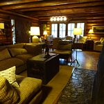 Who doesn't love this ambiance in the lodge?