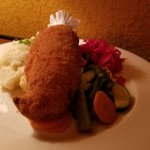 Chicken Kiev - filled w/dill garlic butter & served w/parsley mashed potatoes & marinated redCab