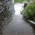 Primer tramo escaleras acceso