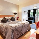 Foto Springwood Guest House Gatwick