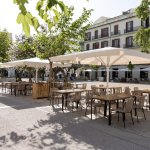 The new La Cava terrace, in the heart of the city