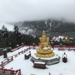 A stupa overlooking the glacier at the back.
