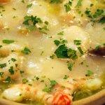 Fondo de verduras con cocochas de bacalao