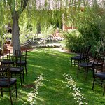 Outdoor Wedding Spaces