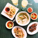 Calamari, prawns, mussels soup and pork.. All savoured in less than 30 minutes!