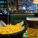 A beer served with popcorn before the main course arrived. Jus a good teaser for hungry me..