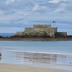 Photo de Kyriad Saint Malo Centre - Plage