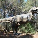 Le tyranosaure, il est spectaculaire et vraiment bien fait. Essayer de faire une photo à côté de