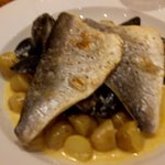 Sea bream with new potatoes and mussels.