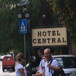 Photo de Hotel Central