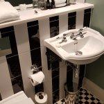 Room 124 bathroom