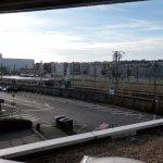 vue sur la gare, rue très fréquenté