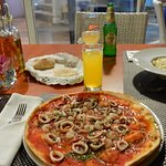 White risotto and seefood pizza :)