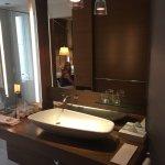 Photo de Hotel Le Germain Calgary