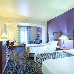 Photo of La Quinta Inn & Suites Bowling Green