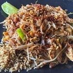 Pad Thai Chicken 37AED (6/10)