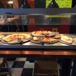 Foto de Roman Oven Pizzeria