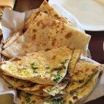 Naan Bread (Regular & Garlic)