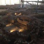 Panorámica construcción casa cocina Cueva Pintada