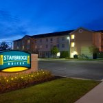Photo de Staybridge Suites Cleveland Mayfield Heights Beachwood