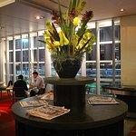 ParkRoyal MEL - Lobby Restaurant, Airo