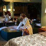Honeymoon Suite/Jacuzzi Suite