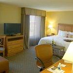 Photo of Hampton Inn & Suites Murfreesboro