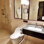 Bathroom of King Deluxe room