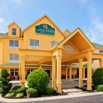 Photo of La Quinta Inn & Suites Cookeville