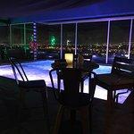 Foto de 8ctavo Rooftop Restaurant & Lounge