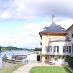 Exploring by the Elbe river