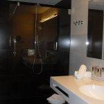 la salle de bains chambre 801