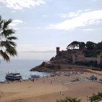 Castillo de Tossa del Mar durante el día.