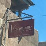 Inn at Vanessie resmi