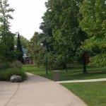 Sentier menant aux parcs