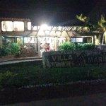 Villa marina de noche